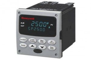 Honeywell-DC2500-digital-temperature-control-300x200